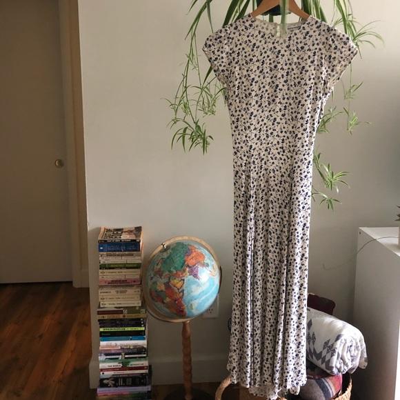 Reformation Dresses & Skirts - Women's Reformation Gavin Midi Dress